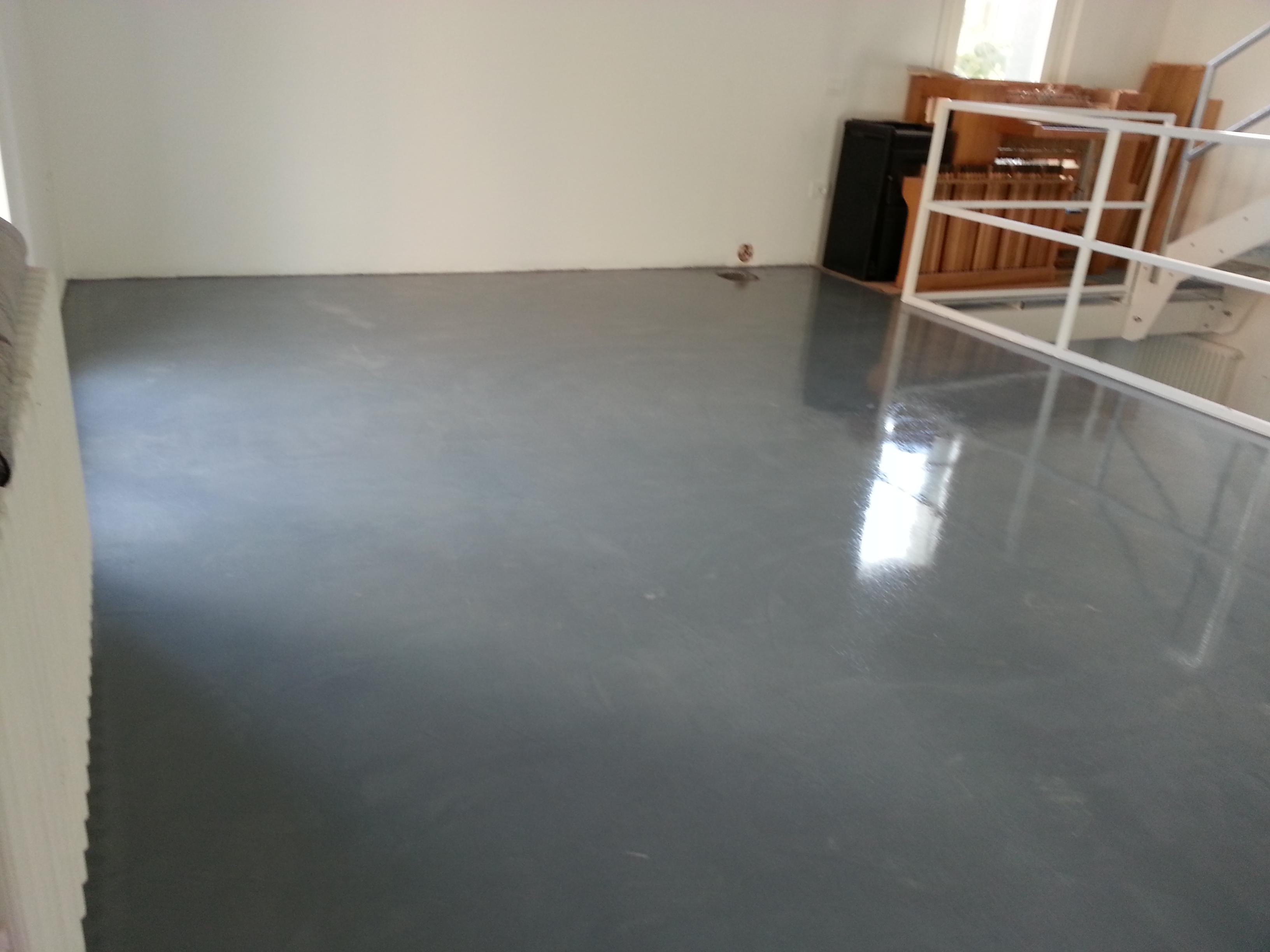 Rimuovere piastrelle pavimento senza romperle come coprire le