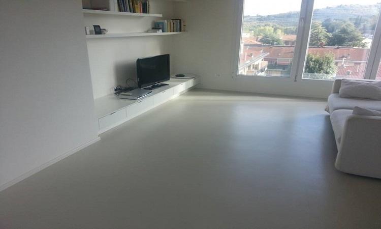 Pavimenti industriali in resina oltrecemento system for Pavimenti per salone